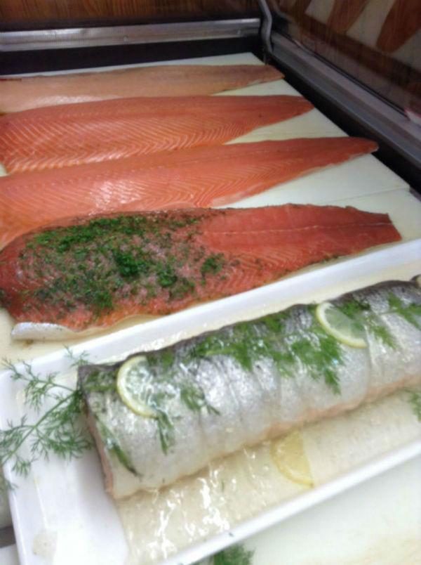 Bio, fumés, cuits ou marinés, découvrez notre large gamme de saumons.